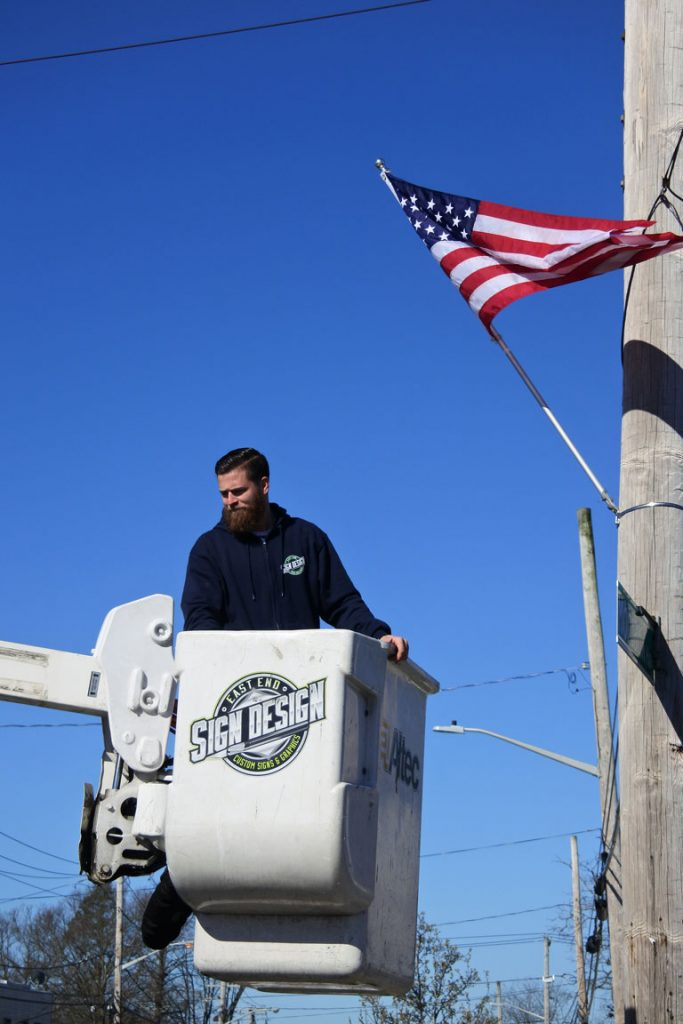 American flag install on Montauk Hwy - 04